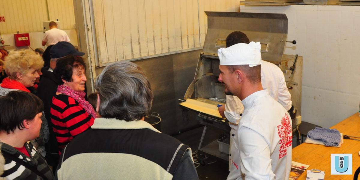 Erfolgreicher Tag der offenen Tür – Weihnachtsbäckerei live